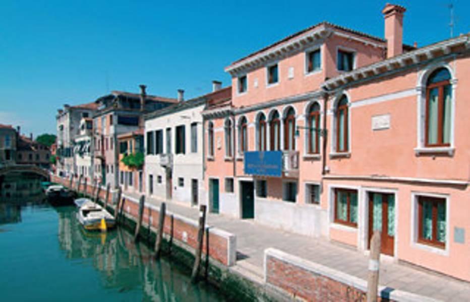Holidays at San Sebastiano Garden Hotel in Venice, Italy
