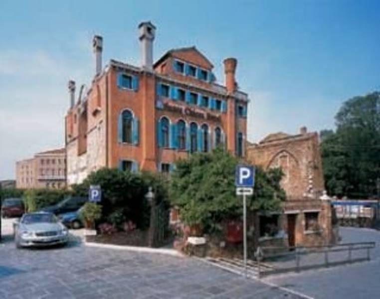 Holidays at Santa Chiara Hotel in Venice, Italy