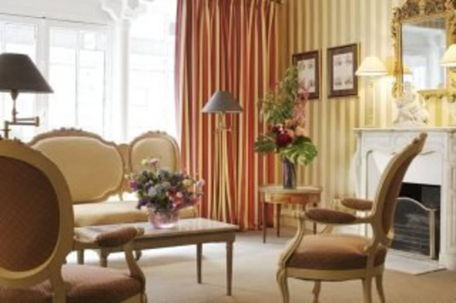Holidays at France Louvre Hotel in Notre Dame & Halles Marais (Arr 2, 3 & 4), Paris