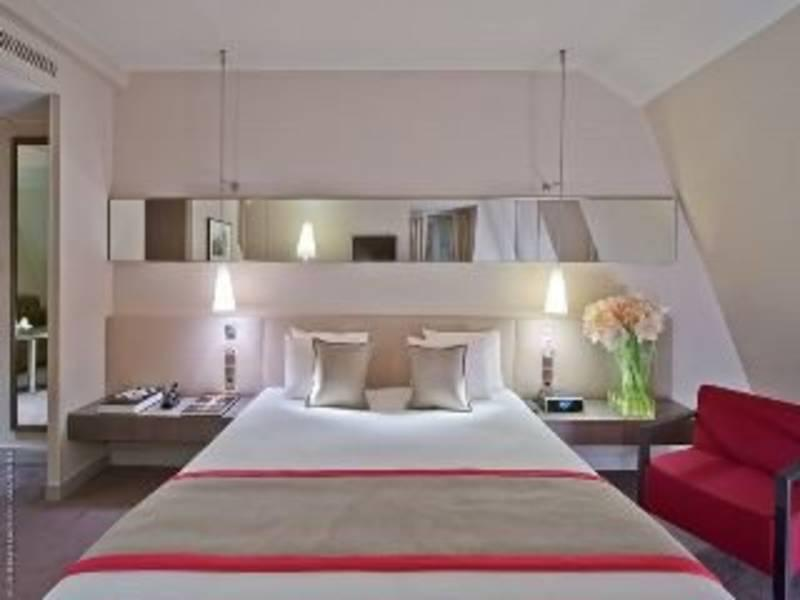 Holidays at Derby Alma Hotel in Tour Eiffel & Musee D'Orsay (Arr 7), Paris