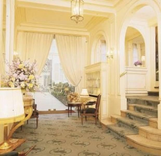 Holidays at Residence Lord Byron Hotel in C.Elysees, Trocadero & Etoile (Arr 8 & 16), Paris