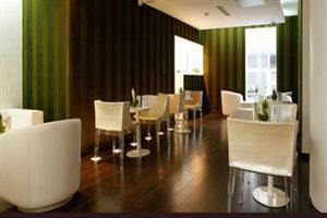 Le Quartier Bercy Square Hotel