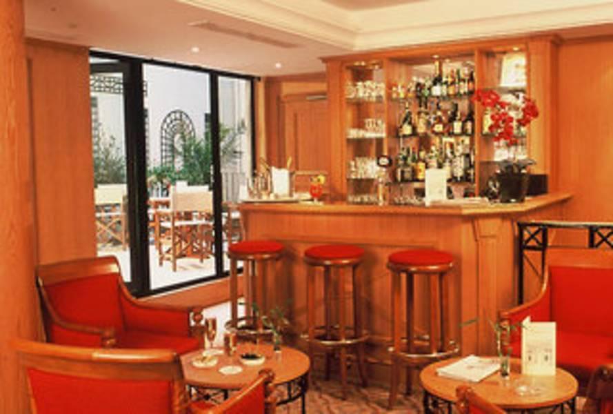 Holidays at Le Pierre Hotel in Arc De Triomphe & Pte Maillot (Arr 17), Paris