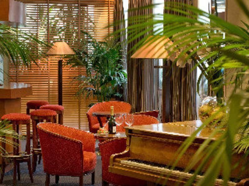 Holidays at Pavillon Monceau Hotel in Arc De Triomphe & Pte Maillot (Arr 17), Paris