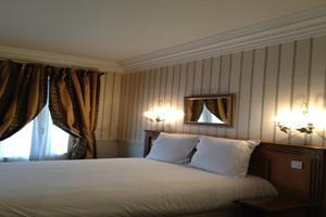 Holidays at Prony Hotel in Arc De Triomphe & Pte Maillot (Arr 17), Paris