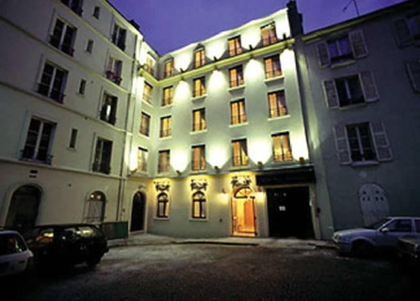 Holidays at Villa Alessandra Hotel in Arc De Triomphe & Pte Maillot (Arr 17), Paris