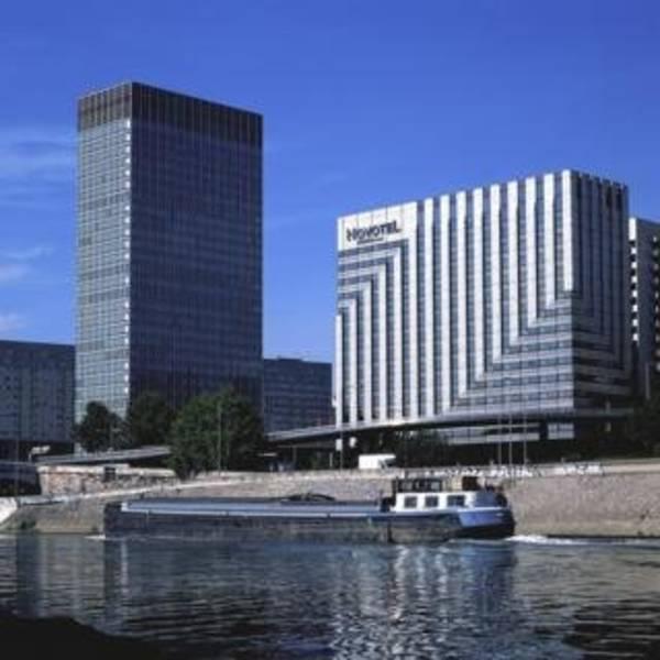 Holidays at Novotel Paris La Defense Hotel in West La Defense, Paris