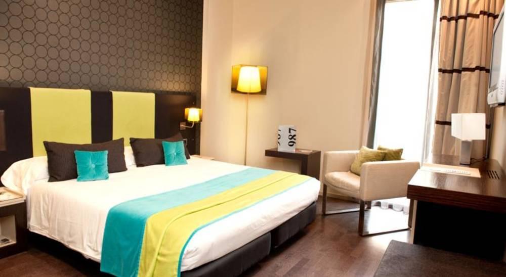 Holidays at 987 Barcelona Hotel in Eixample, Barcelona