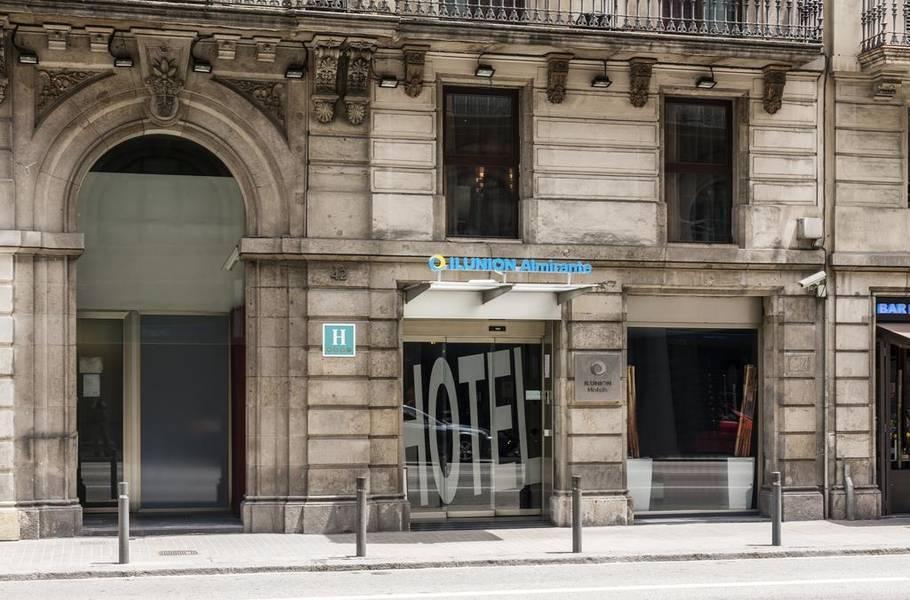 Holidays at Ilunion Almirante Hotel in Gothic Quarter, Barcelona