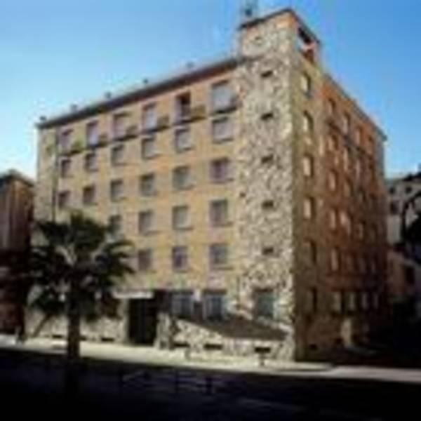 Holidays at Regencia Colon Hotel in Gothic Quarter, Barcelona