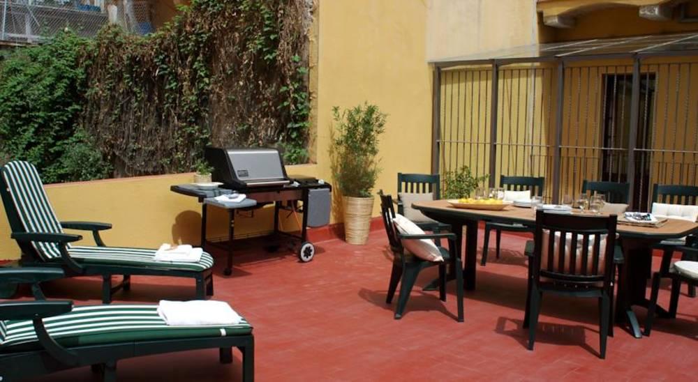 Holidays at AinB Las Ramblas-Guardia Apartments in Las Ramblas, Barcelona