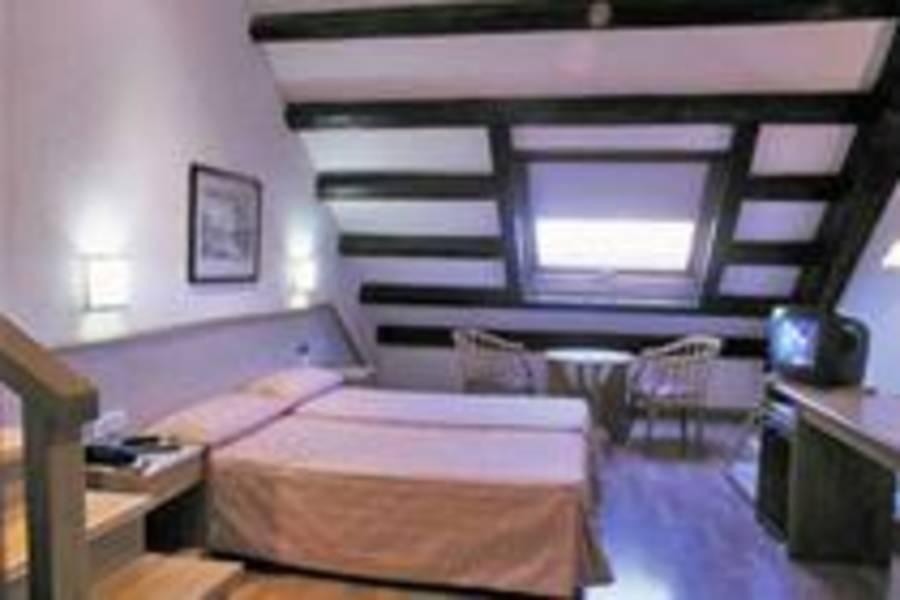 Holidays at San Agusti Hotel in Las Ramblas, Barcelona