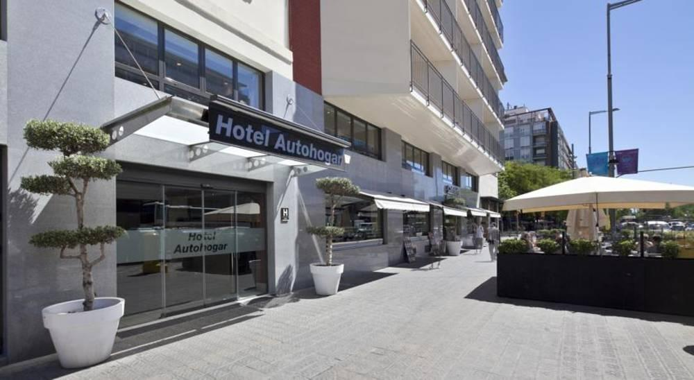 Holidays at Auto Hogar Hotel in Parallel, Barcelona