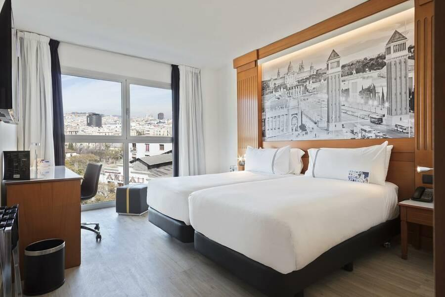 Tryp Apolo Hotel