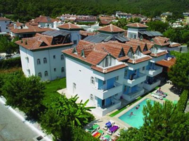 Holidays at Dursun Aparthotel in Icmeler, Dalaman Region