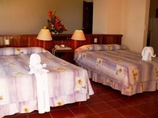 Suites Bahia Hotel