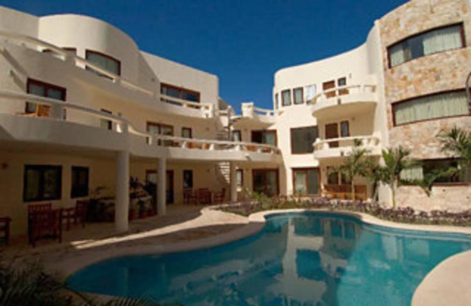 Holidays at Blue Parrot Suites in Playa Del Carmen, Riviera Maya