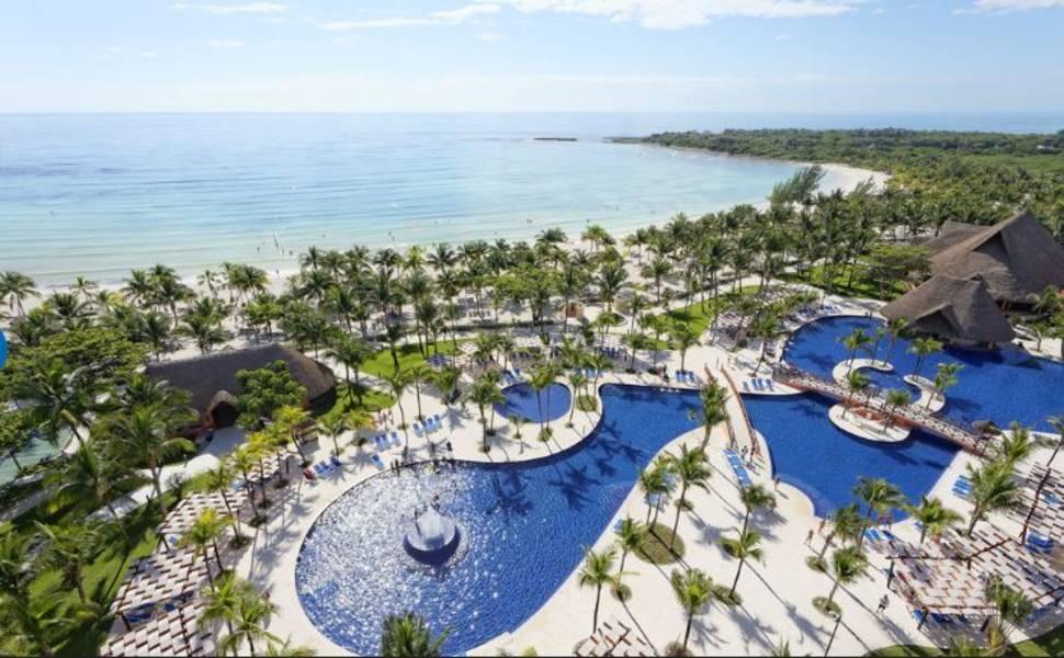 Holidays at Barcelo Maya Beach and Caribe Resort Hotel in Puerto Aventuras, Riviera Maya
