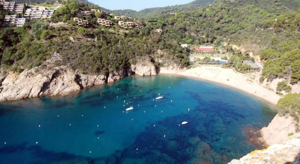 Holidays at Arenas Resort Giverola in Tossa de Mar, Costa Brava