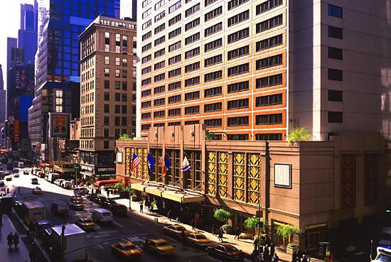 Manhattan At Times Square Hotel New York New York Usa