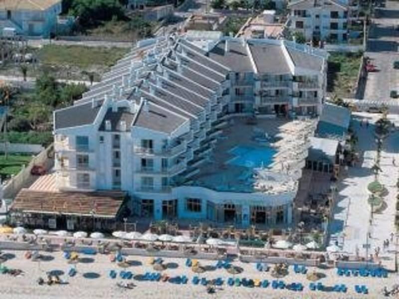 Holidays at Grupotel Picafort Beach Aparthotel in Ca'n Picafort, Majorca