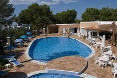 Holidays at Club Aquarium Apartments in Cala Vadella, Ibiza
