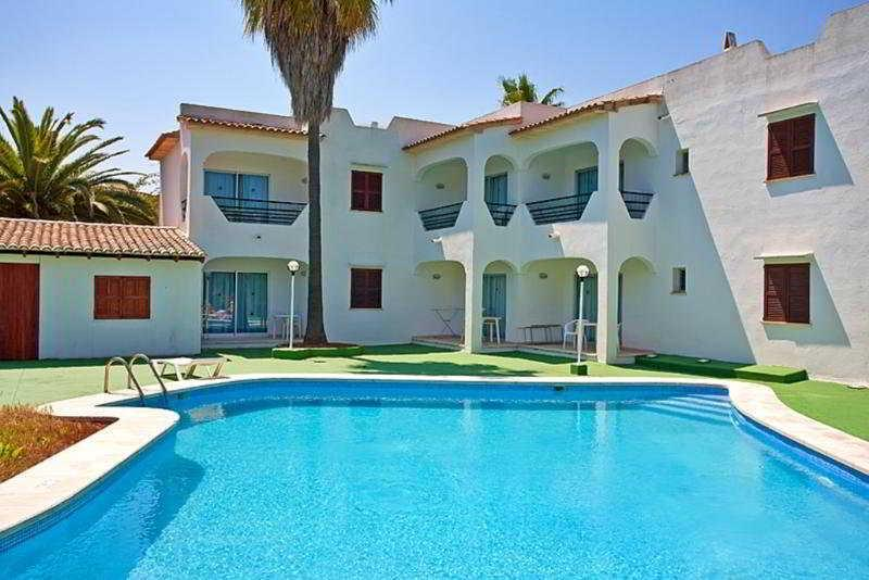 Holidays at Fiesta Beach Apartments in Sa Coma, Majorca