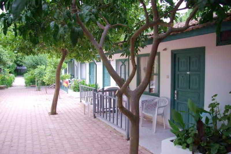Holidays at Mutlu Hotel in Side, Antalya Region