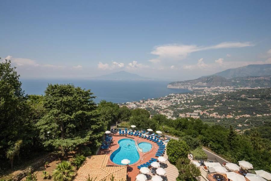 Holidays at Villa Romita Hotel in Sorrento, Neapolitan Riviera