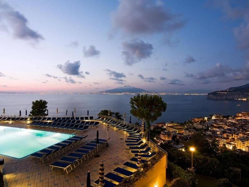 Holidays at Grand Hotel President in Sorrento, Neapolitan Riviera