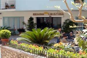 Holidays at Regina Cristina Hotel in Capri, Neapolitan Riviera