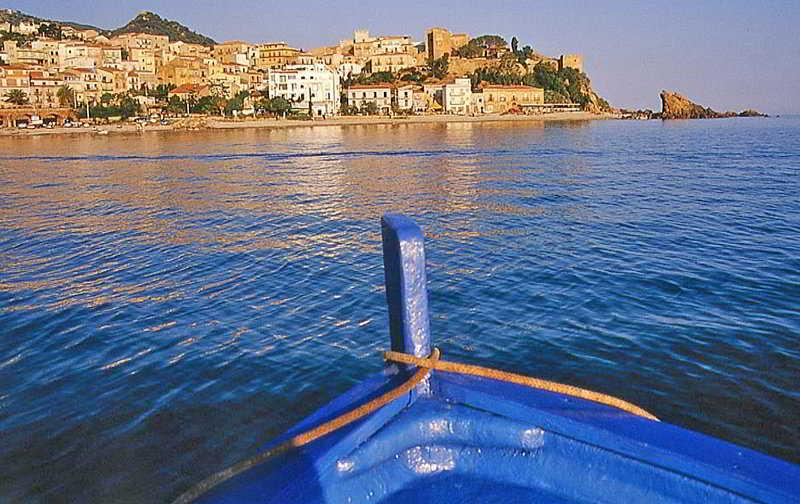 Holidays at Art Atelier Sul Mare Hotel in Cefalu, Sicily