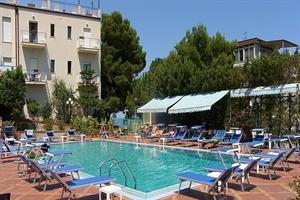 Holidays at Villa Belvedere Hotel in Cefalu, Sicily