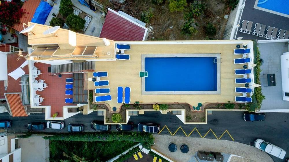 Holidays at Residencial Colina Do Mar Hotel in Albufeira, Algarve