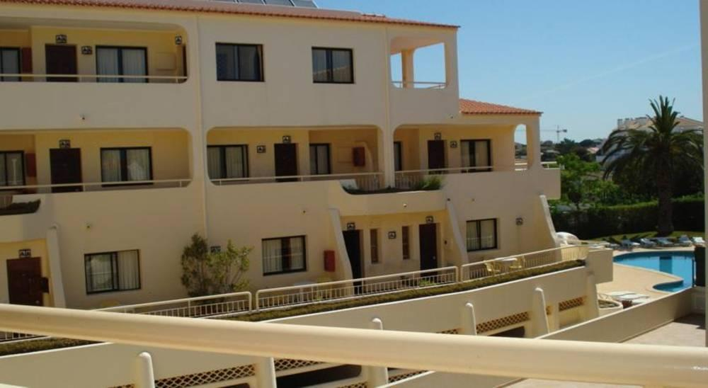 Holidays at Olhos Do Mar Apartments in Olhos de Agua, Albufeira