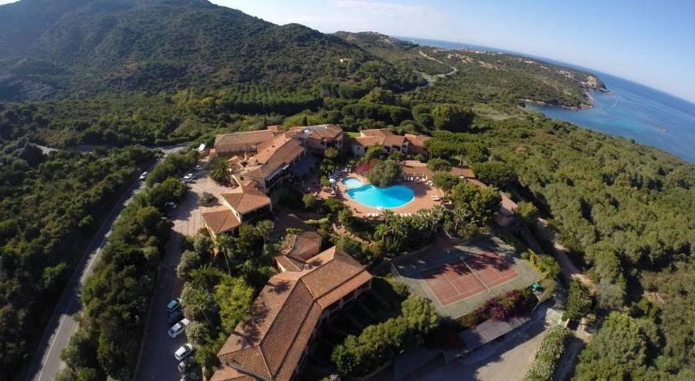 Holidays at Le Ginestre Hotel in Porto Cervo, Sardinia