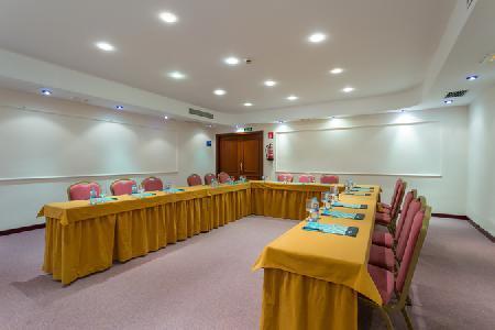 Holidays at Sirenis Club Tres Carabelas Hotel & Spa in Playa d'en Bossa, Ibiza