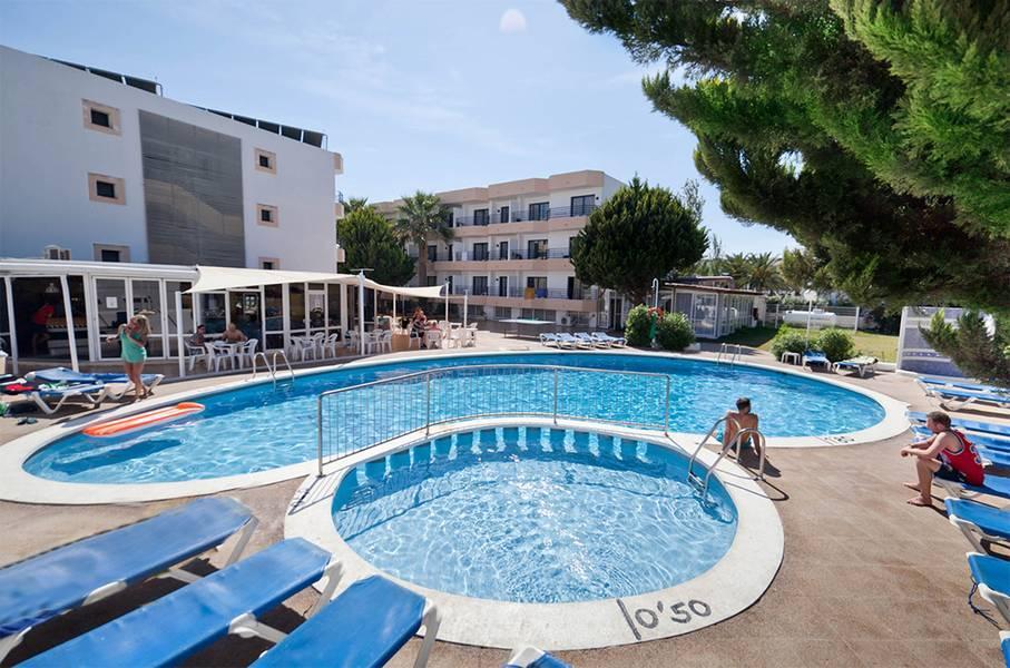Holidays at Club La Noria Hotel in Playa d'en Bossa, Ibiza