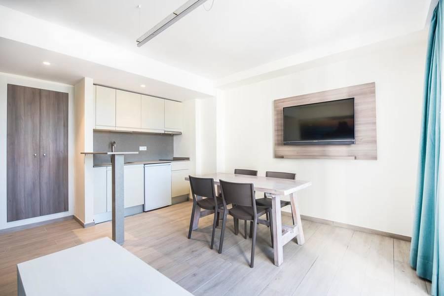 Los angeles apartments san antonio ibiza spain book - Cheap 1 bedroom apartments in los angeles ca ...