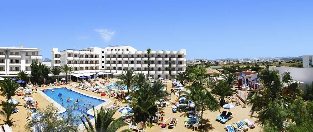 Coral Star Hotel and Apartments, San Antonio Bay, Ibiza