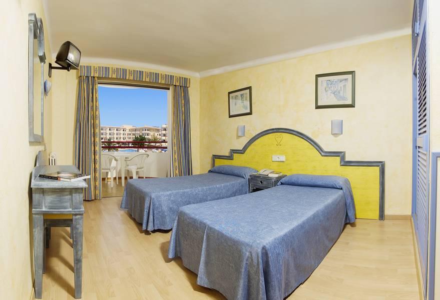 Coral Star Hotel and Apartments, San Antonio Bay, Ibiza ...