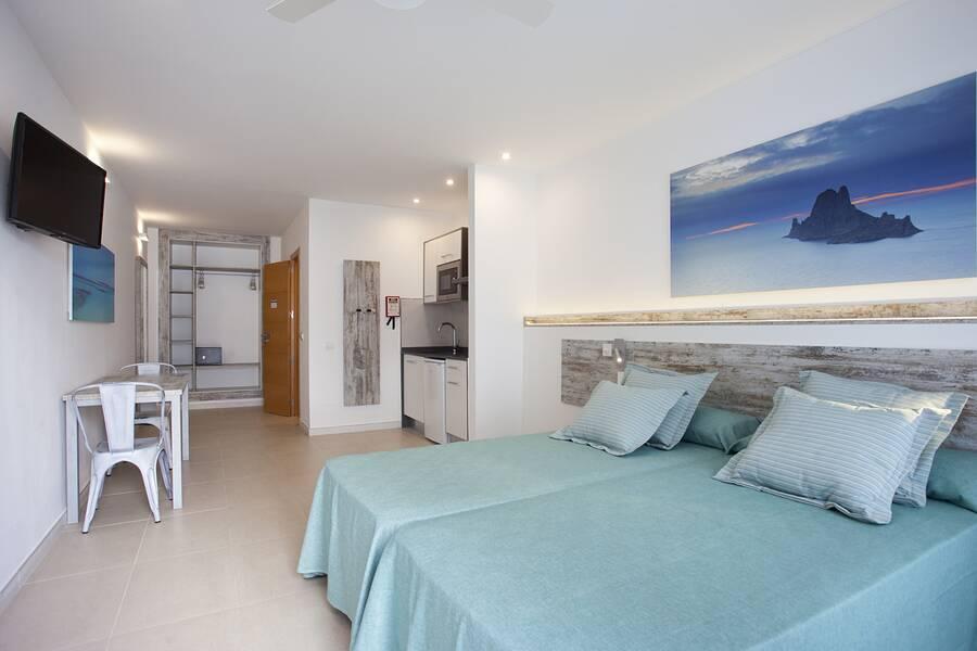 apartments san antonio bay ibiza spain book playa bella apartments