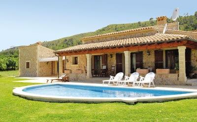 Holidays at Villa Mauro in Alcudia, Majorca