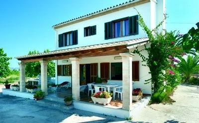Holidays at Villa Muralla in Alcudia, Majorca