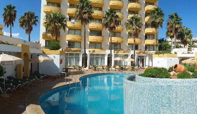 Holidays at Protur Atalaya Apartments in Cala Millor, Majorca