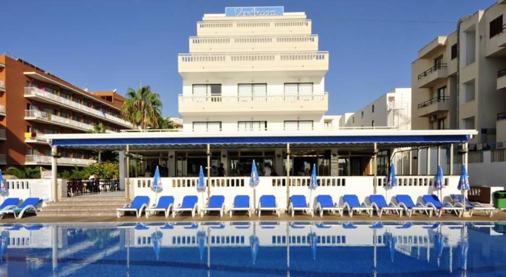 Holidays at Veronica Hotel in Cala Millor, Majorca