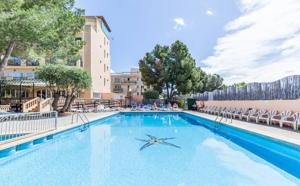 Holidays at Blue Sea Costa Verde Hotel in El Arenal, Majorca