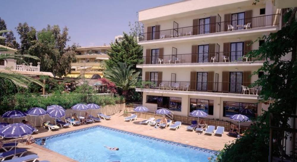 Holidays at El Cupido Hotel in Paguera, Majorca