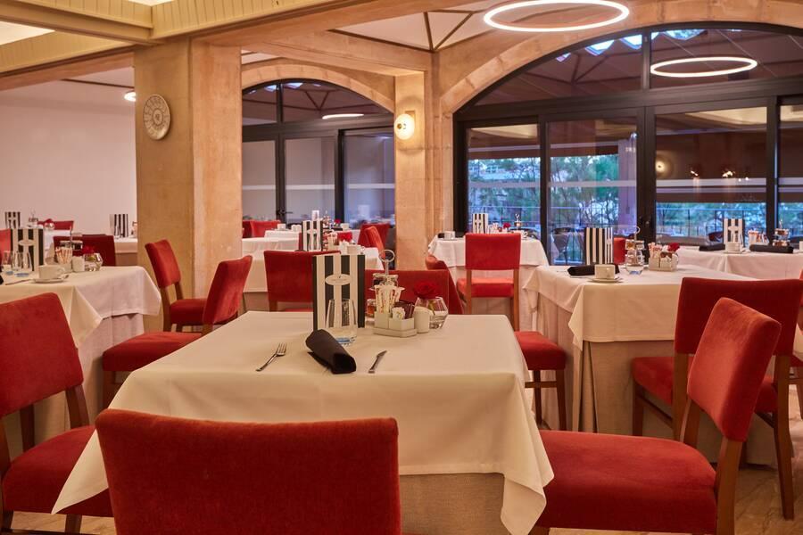 Holidays at Hesperia Villamil Hotel in Paguera, Majorca