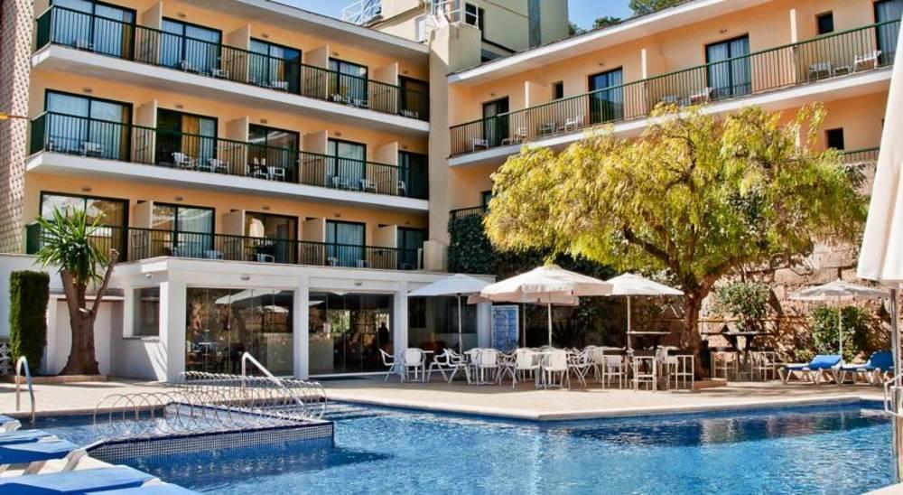 Holidays at BQ Maria Dolores Hotel in Paguera, Majorca